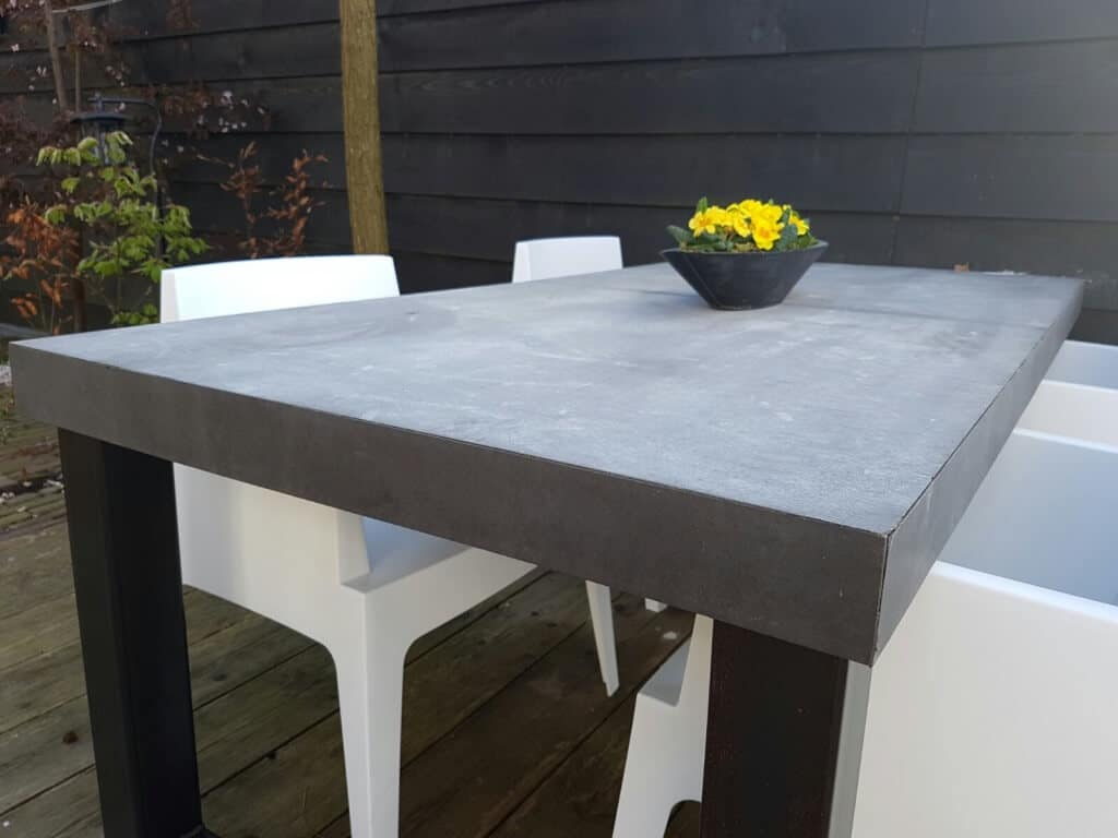Betonlook tafel Breda