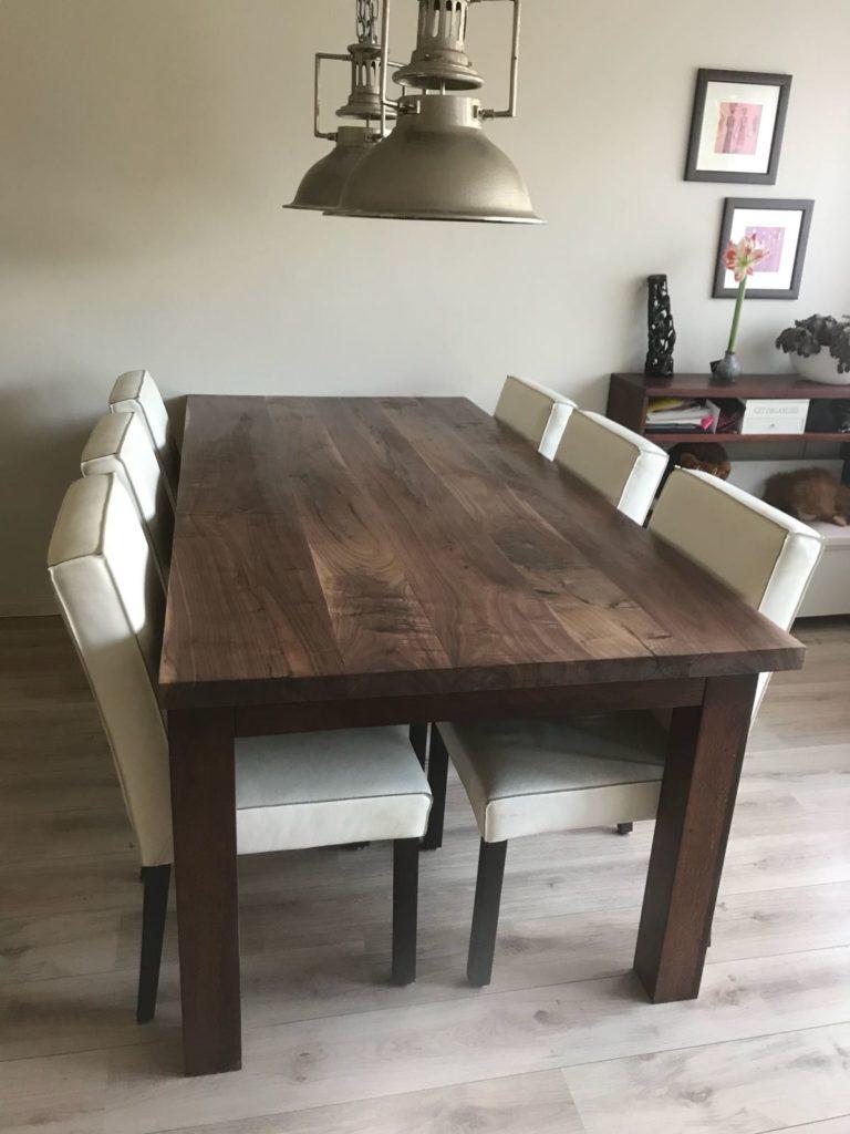 Amerikaans noten tafel